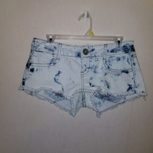 Almost famous shorts size 5